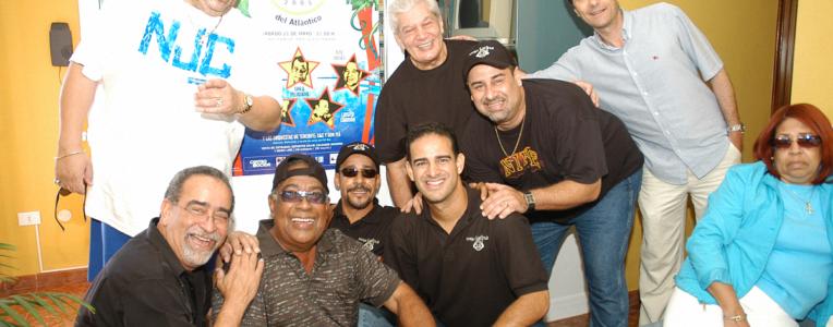 Tito Nieves, Andy Montañez e hijos, Cheo Feliciano, Luisito Carrión, Adalberto Santiago - Mega Latina